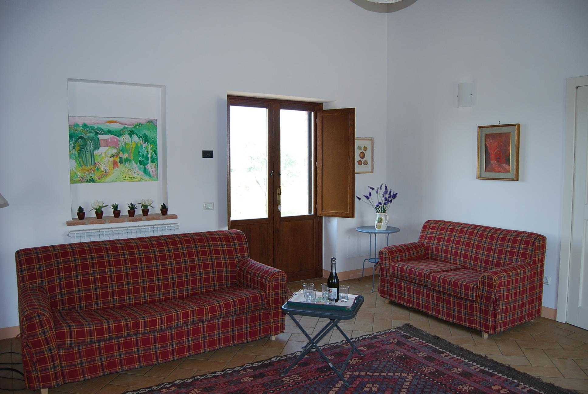 Villa clara la casa di piandelbello for Case con 2 camere matrimoniali